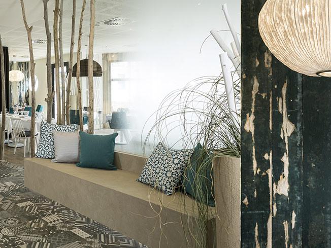 architecture int rieure pour l 39 h tel spa les bains d arguin arcachon une r alisation de l. Black Bedroom Furniture Sets. Home Design Ideas